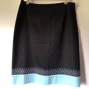 LOFT embroidered pencil skirt sz 14
